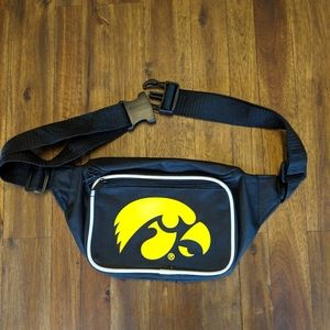 Handbags - Iowa Hawkeyes Fanny Pack